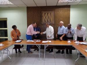 5 b ,wethouder dankt directeur KvK,4-11